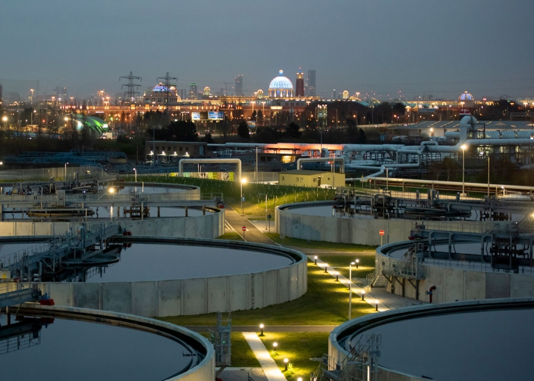 Industrial photography of United Utilties waste water treatment plant in Davyhulme, Manchester